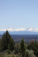 Sisters Mountains Seen in Jefferson County Oregon 980